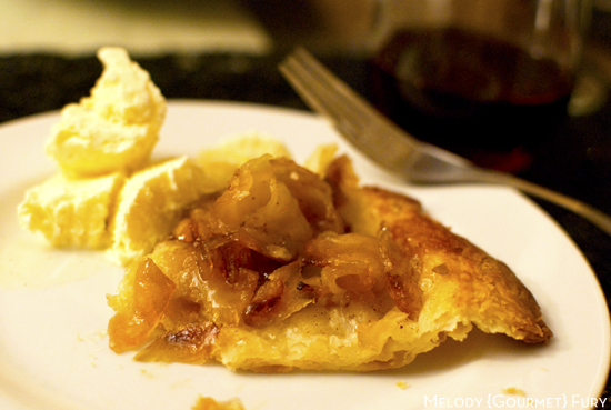 Apple tarte tatin complete by Melody Gourmet Fury
