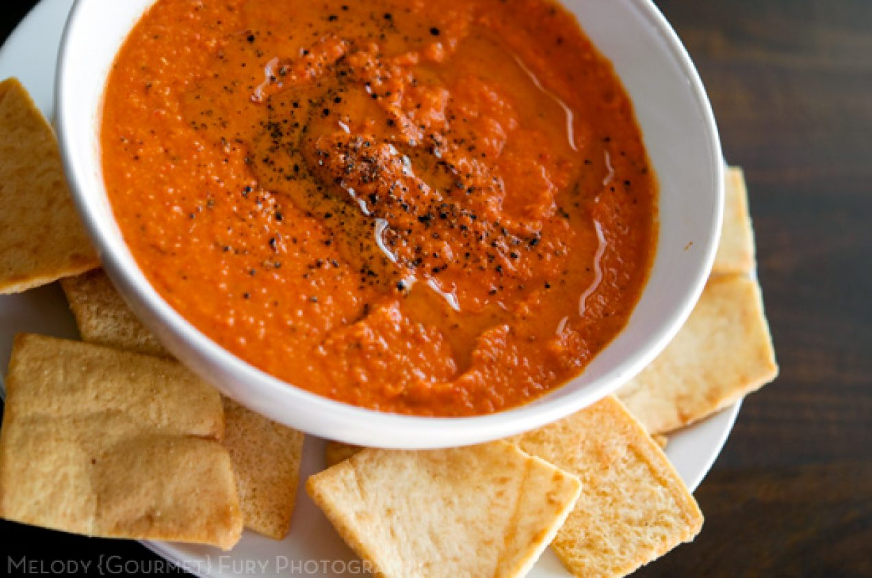 ... Writer and Photographer » Simple Roasted Red Pepper Hummus Dip Recipe